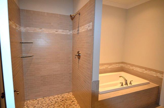 Master Bath shower with soaking tub